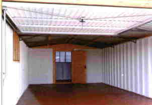 INTERNAL VIEW OF GARAGE
